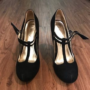 Bamboo Mary Jane Pumps
